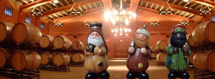 Los Reyes Magos han hecho un alto en su camino y también han practicado el turismo industrial en Castilla-La Mancha. En esta ocasión han visitado una bodega.  No os preocupéis que después seguirán con el reparto de regalos. Feliz Noche de Reyes.