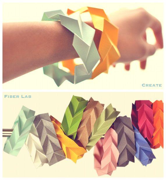 Pulseras de papel- DIY paper bracelets