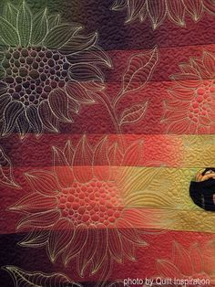 """detail, """"At Sunset"""" by Alicia Sterna. 2016 AZQG. Photo by Quilt Inspiration."""