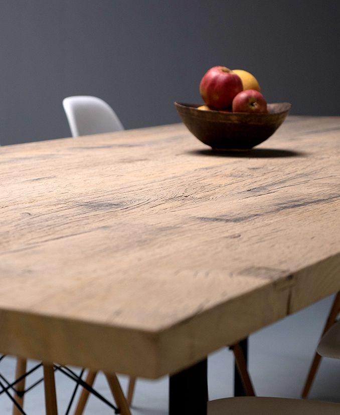 Ostende, table sur-mesure, plateau en plancher de fonds de wagon en chêne massif, légèrement raboté - La Parqueterie Nouvelle