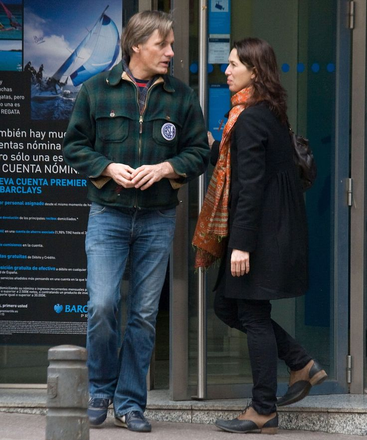 Viggo Mortensen with Ariadna Gil, in Spain
