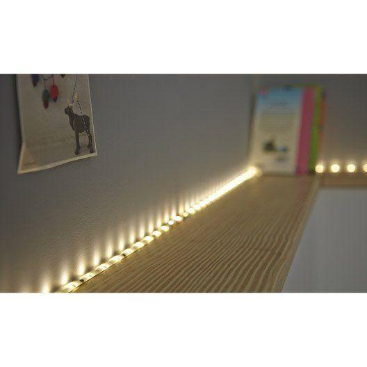 les 25 meilleures id es de la cat gorie ruban led sur pinterest led decoration lampe design. Black Bedroom Furniture Sets. Home Design Ideas