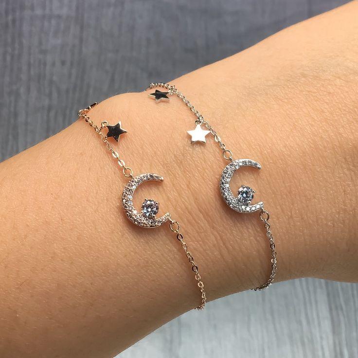 Dainty Women/'s Bracelets Name Plate Elevator Silver Bracelet Initial Bracelet Bridesmaid Bracelet Delicate Bracelet Gift For Girlfriend