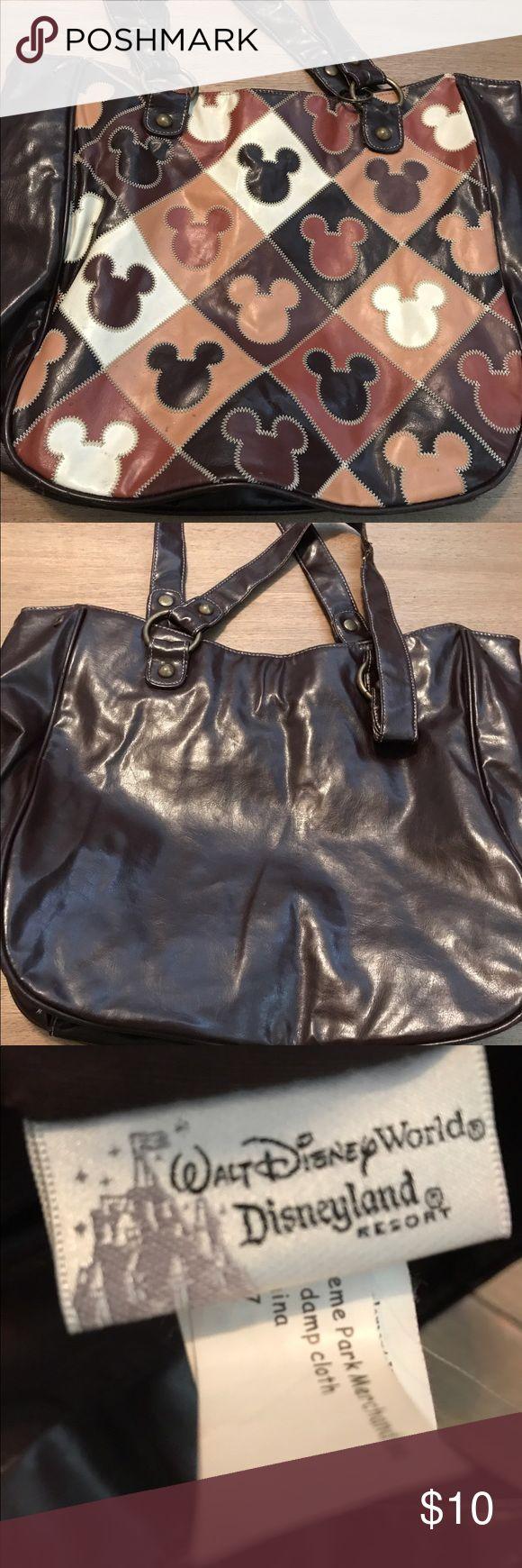 Walt Disney theme bag! Great condition, medium sized bag! walt disney world Bags Shoulder Bags