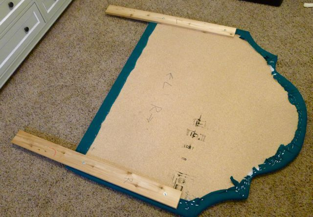 diy upholstered headboard!  detailed instructions on how to make pattern - use a jigsaw!