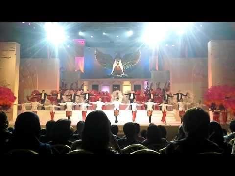 "▶ Dunia Indonesia (Closing) Guruh Soekarno Putra ""Sri Mimpi Indonesia"" - YouTube"