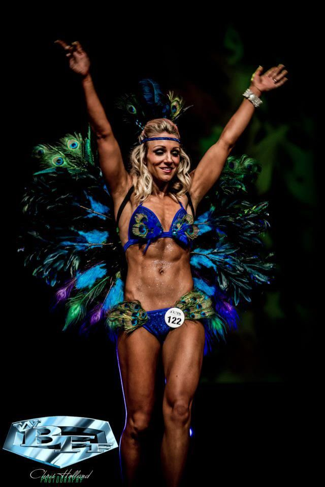 Online competition prep client lands wbff pro diva fitness - Diva my body your body ...