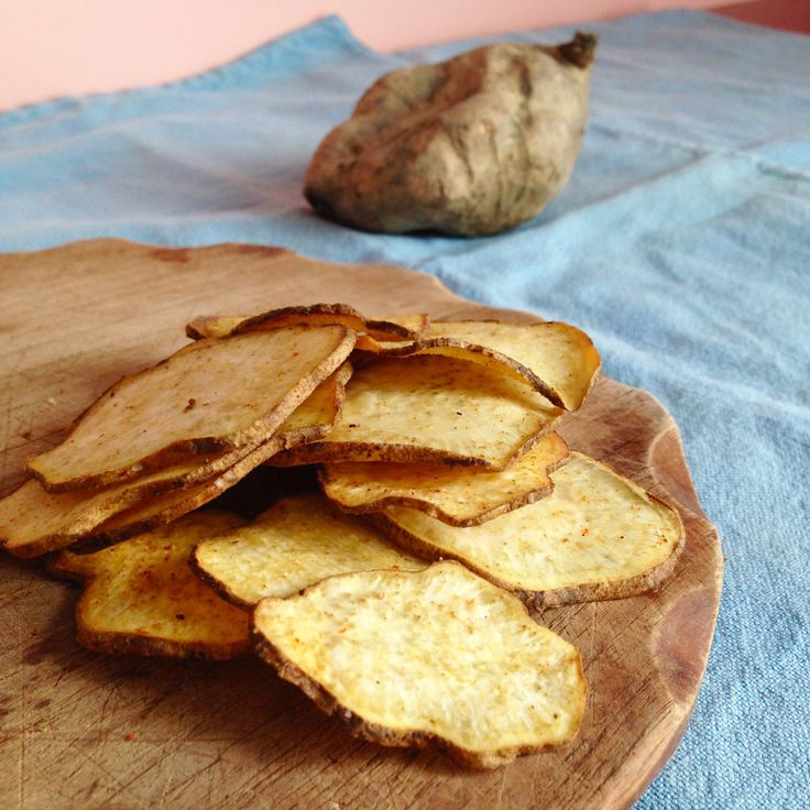 """CHIPS DI PATATE DOLCI AMERICANE Una Gustosa variante delle classiche Chips fritte di Patate! Perfette da sgranocchiare durante un aperitivo """"diverso"""" dal s"""