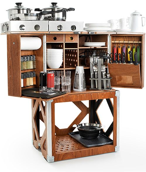 Meet the Camp Champ: a compact cooking station in the form of a wooden travel chest that you can set up in a few minutes. It has a weatherproof, plywood body. Camp Champ provides you with lots of space and work space. It comes with integrated tools such as a knife block, spice rack, and …