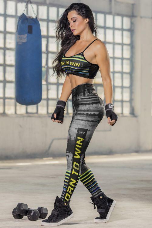 Legging Born To Win com Estampa Sublimada EXCLUSIVA - Donna Carioca - Moda  fitness com preço 6e6f7b9c3c1