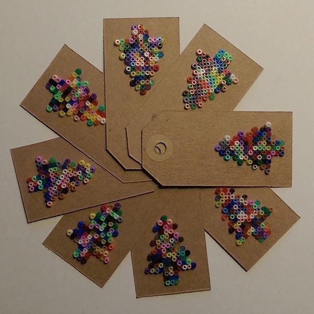 Christmas gift tags hama mini beads by kaldermigbaremarie