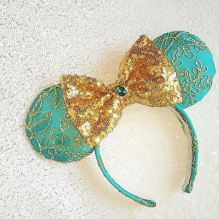 Jasmine Minnie ears new sparkly bow added                                                                                                                                                     More
