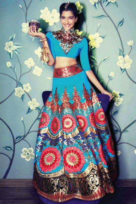 Beautiful crop top and maxi plated skirt | fun semiformal