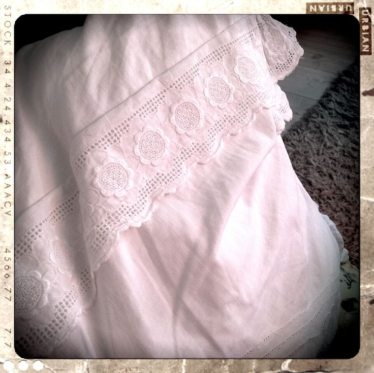 Pillow with lace