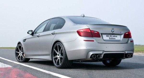 2014 BMW M5 30 Jahre M5 Rear Exterior 600x324 2014 BMW M5 30 Jahre M5 Review