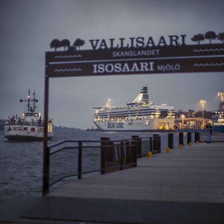 Ships - Kauppatori, Helsinki, Finland - null