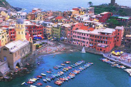 Italy    Vernazza Cinque Terre