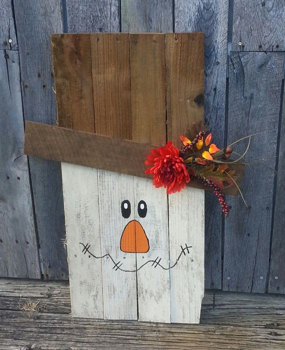 Pallet Scarecrow Decor by ThePrickledPallet on Etsy, $27.00