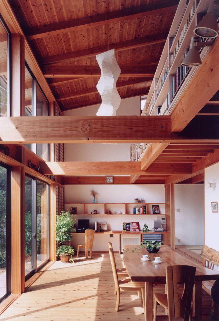 ARKSTUDIO一級建築士事務所 の 北欧風 リビングルーム 居間 書斎コーナー