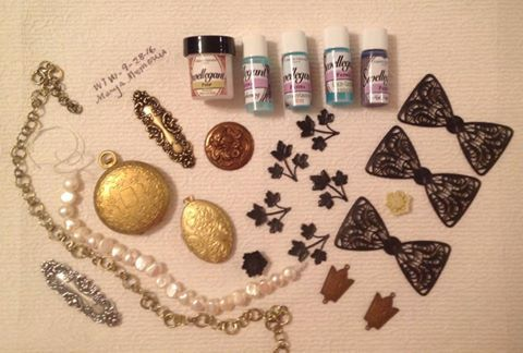 What's In a Haul, It's Bat Time Again, Free Locket and Big Discount