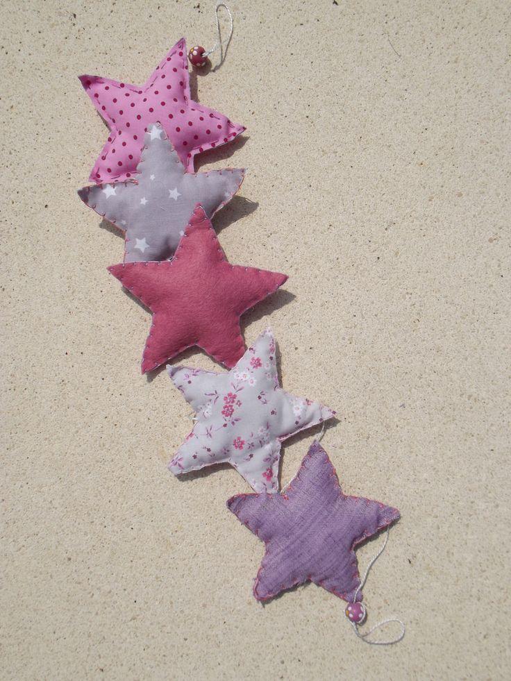 """Guirlande """"Mes belles étoiles"""" rose, gris et mauve fait-main *Livraison offerte* : Accessoires de maison par floriane-s"""