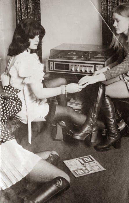 retro vintage modern hi-fi: hifi girl