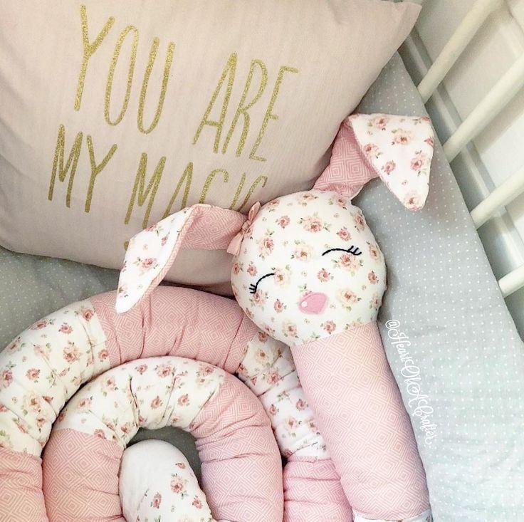 Tänk att få krypa ner & sussa med en gosig sovkanin  How lovely to cuddle with a sweet bunny  #sovkanin #sovorm #doppresent #dopgåva #spjälsäng #bebis #gravid #inspirationforflickor #inspoforbarn #inspoforkiddos #shabbychic #barnrum #finabarnsaker #barnrumsinspo #barnrumsinredning #barnrumsinspiration #barnerom #mittbarnerom #interiorforkids #nordicinspo #nordickidsliving #kidsroominspo #kidsroom #kidsdecor #baby #kids_interior1 #lilleskatten @lilleskatten #lantligt #babyshowerpresent...