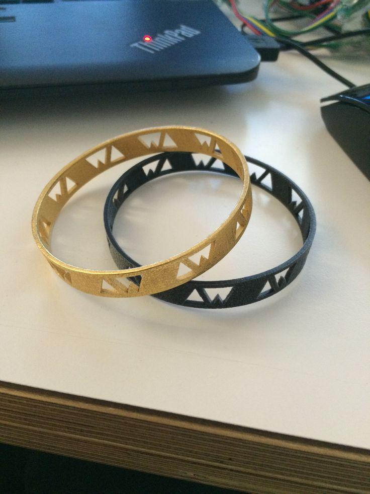 Custom 3-d printed bracelet set