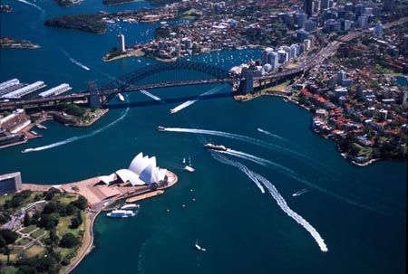 Sydney Opera House & Sydney Harbour Bridge, Australia