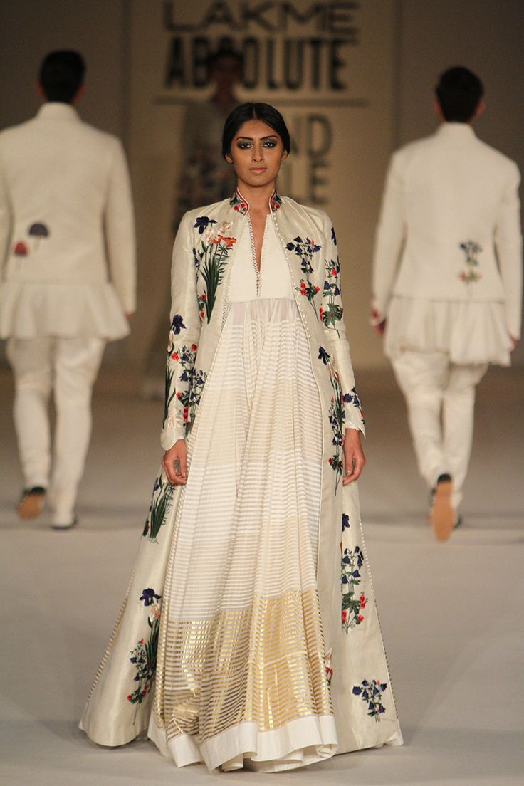Rohit Bal at LFW S/R 2016 Finale. Love at first sight. MUNU: Love this but prob very $$