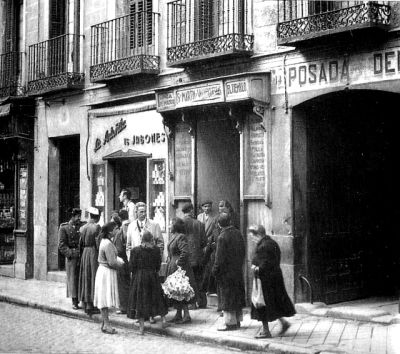Madrid. Calle de la Cava Baja en 1950