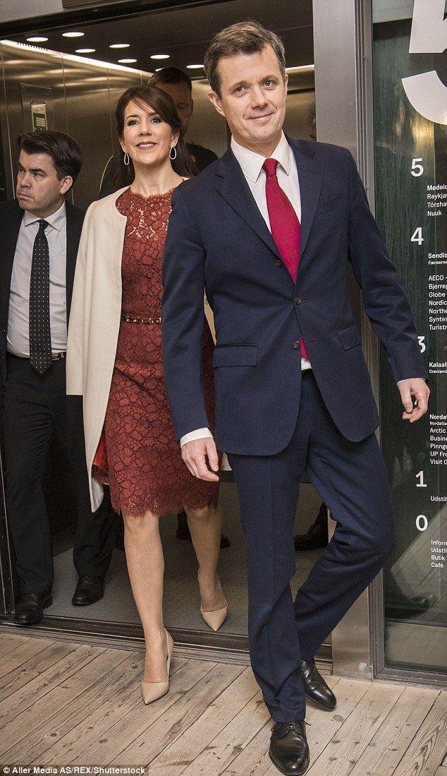 A realeza dinamarquesa foi retratada em vários eventos e aparições durante a visita de estado dos Presidentes da Islândia