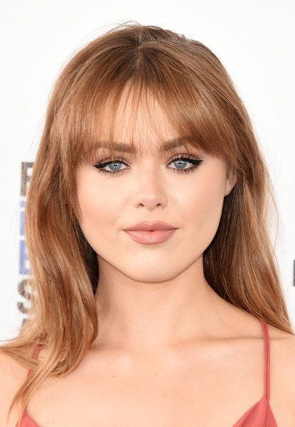 Kristina Bazan looked sweet and youthful with her loose hairstyle and wispy bangs at the Film Independent Spirit Awards.