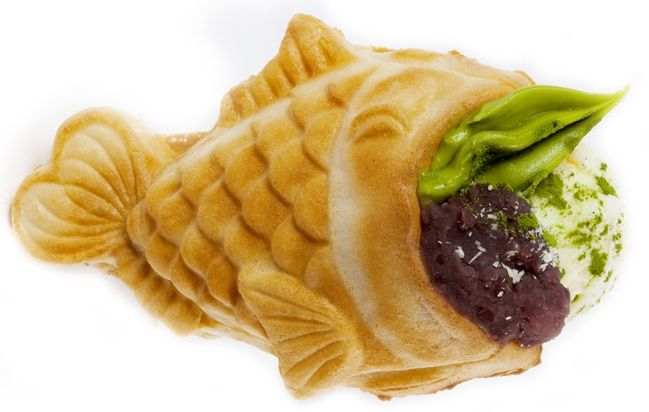たい焼きの中にパフェが入った「鯛パフェ」―イタリア人にこそ食べて欲しい