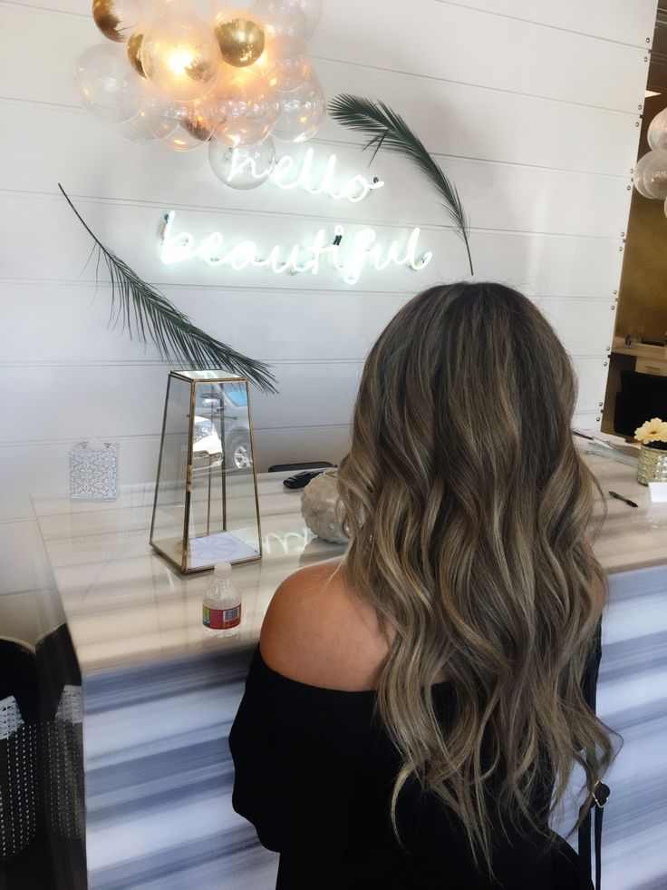 I love doing hair at Habit Salon. Cutest salon! Hair painting by @alexaa3 bronde balayage!!