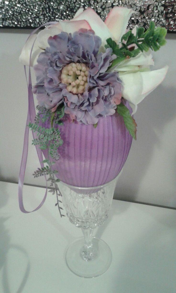 Jajko ze wstążki z kwiatkami