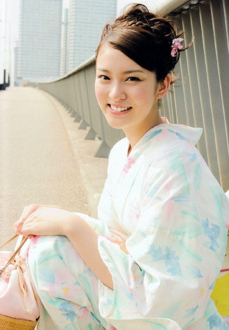 Emi Takei in kimono