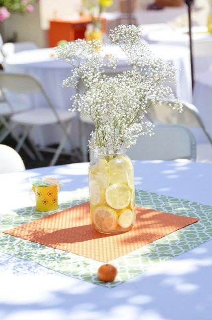 Easy Lemon Baby S Breath Centerpiece Baby Showers Pinterest Themed Baby Showers Colors