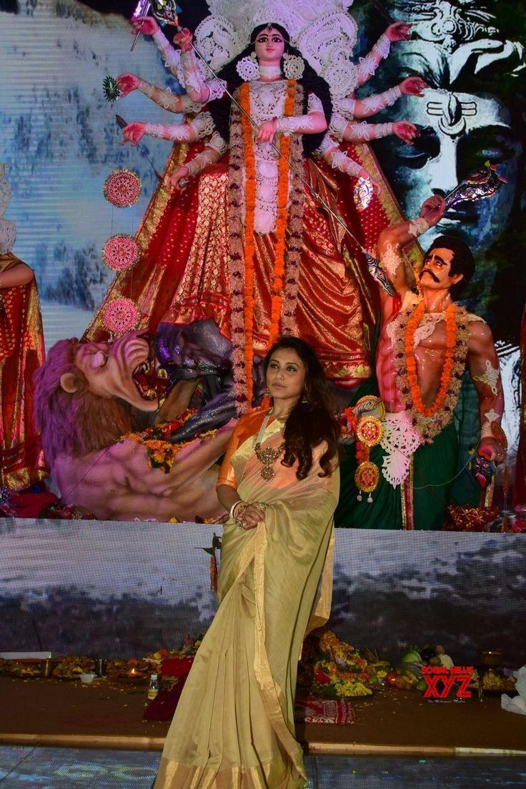 Mumbai: Durga Puja celebrations   Bhagyashree,  Imtiaz Ali, Rani Mukherjee, Alia Bhatt, Ranbir Kapoor, Pritam Chakraborty