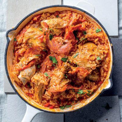 Taste Mag | Spanish chicken, sweet pepper and tomato rice @ https://taste.co.za/recipes/spanish-chicken-sweet-pepper-tomato-rice/
