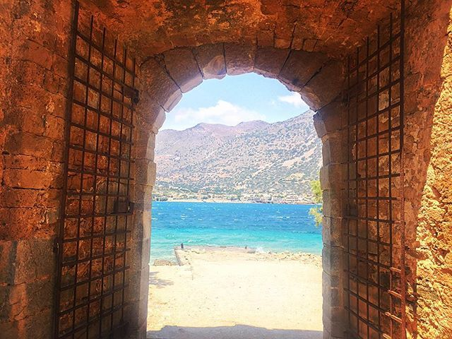 Just cross the gate! #Spinalonga #History Photo credits: @wanderlust_french