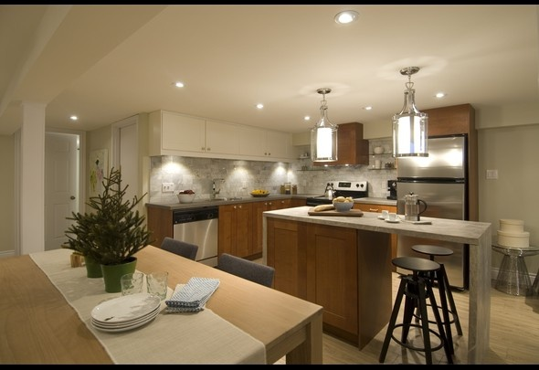 kitchen dining combo possible center island flip up counter make large table or make mobile to add more seating