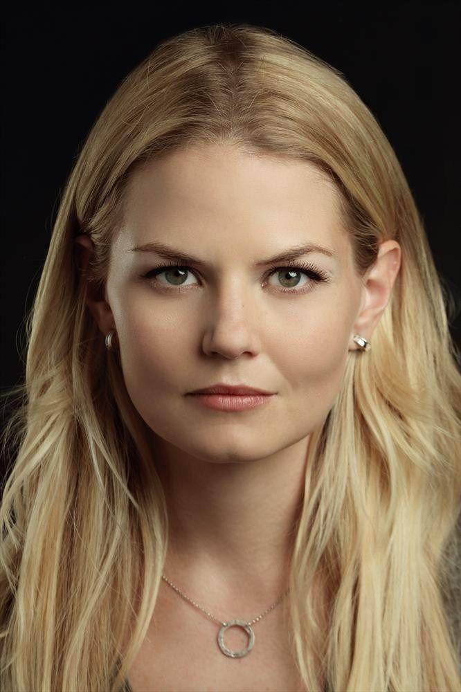 Imagens de elenco da 3ª temporada de Once Upon a Time!