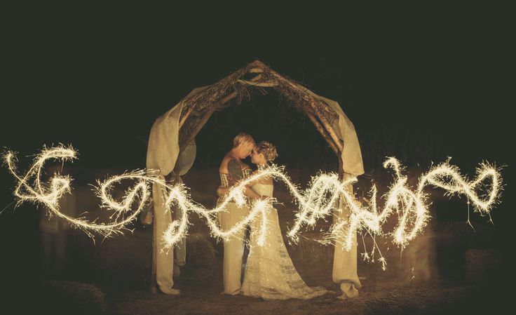wedding-sparklers.jpg (4846×2962)