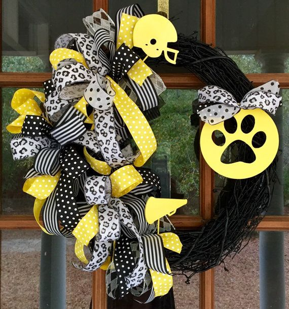 Yellow & Black School Spirit Wreath / Team by SouthernWhimsyStyle