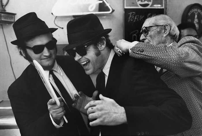 jim belucci brothers   John-Belushi-and-Dan-Aykroyd-on-the-set-of-The-Blues-Brothers   A ...