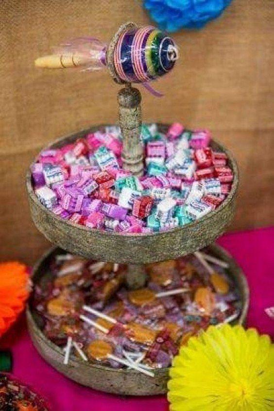 cinco de mayo table decorations / http://www.himisspuff.com/colorful-mexican-festive-wedding-ideas/2/
