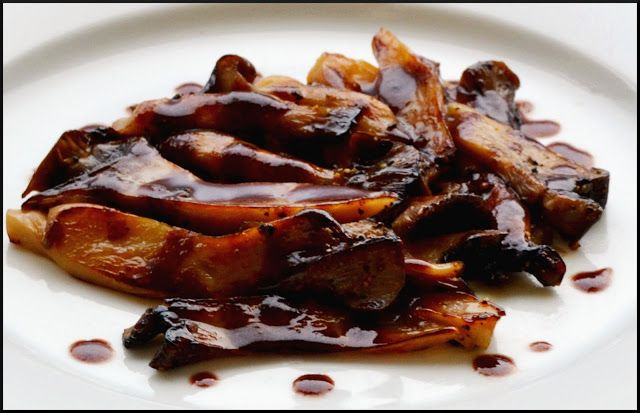 The Ardent Epicure: What's for dinner? Wild Mushroom Marchand de Vin sauce