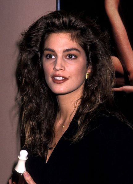 TheLIST 90s Beauty Icons  TheLIST  Cindy crawford 90s makeup 90s hairstyles