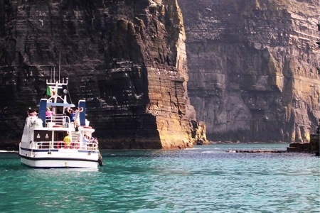 Cruise to Cliffs of Moher (€9) and Inisheer Island (€15) Or Family Options from €27 With O'Brien Line